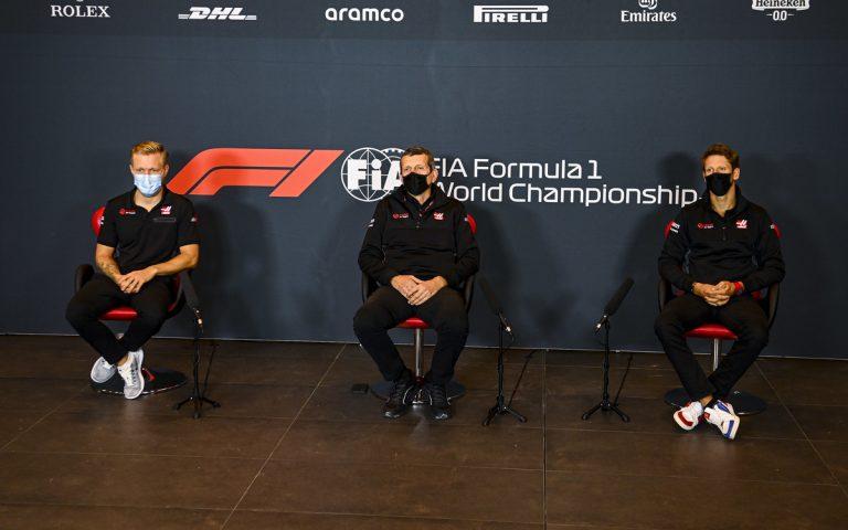 Kevin Magnussen, Günther Steiner, Romain Grosjean