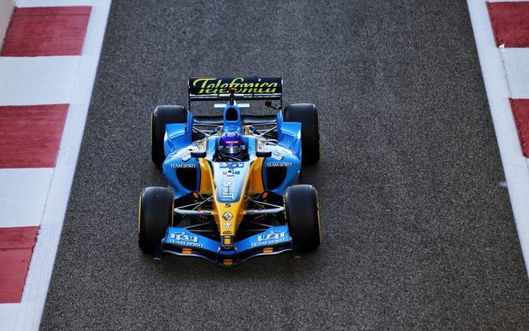 Fernando Alonso, Renault R25 2005