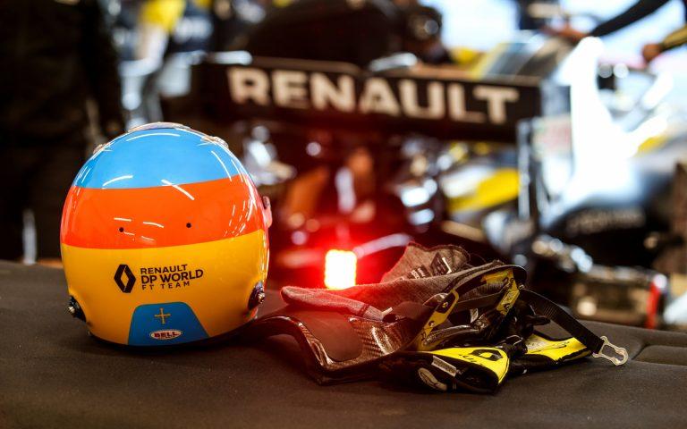 Fernando Alonso, rukavice a prilba