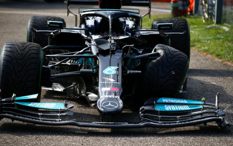 Zničené auto Valtteriho Bottasa