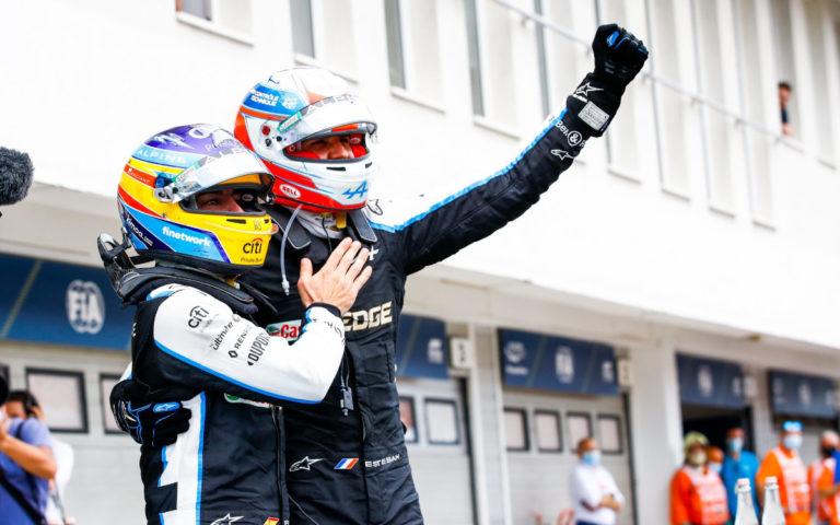Esteban Ocon a Fernando Alonso