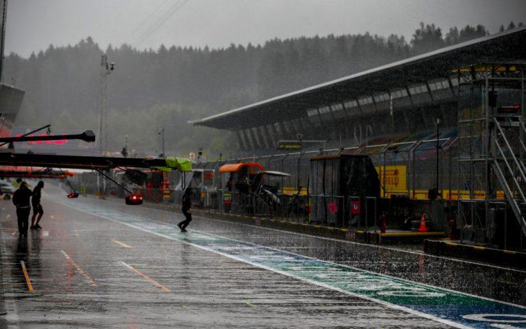 Dážď v Spielbergu na Red Bull Ringu