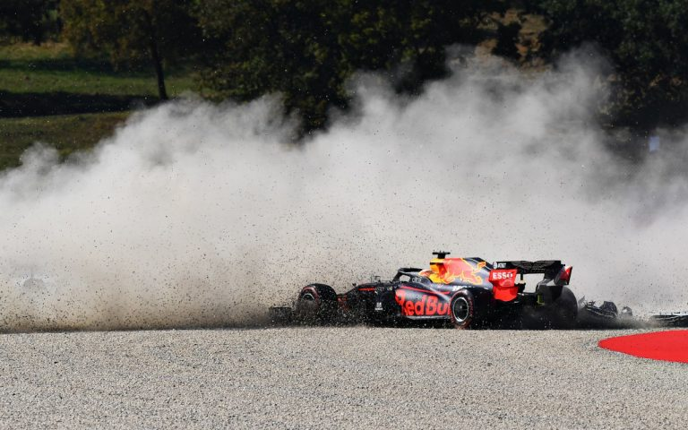 Max Verstappen v štrku