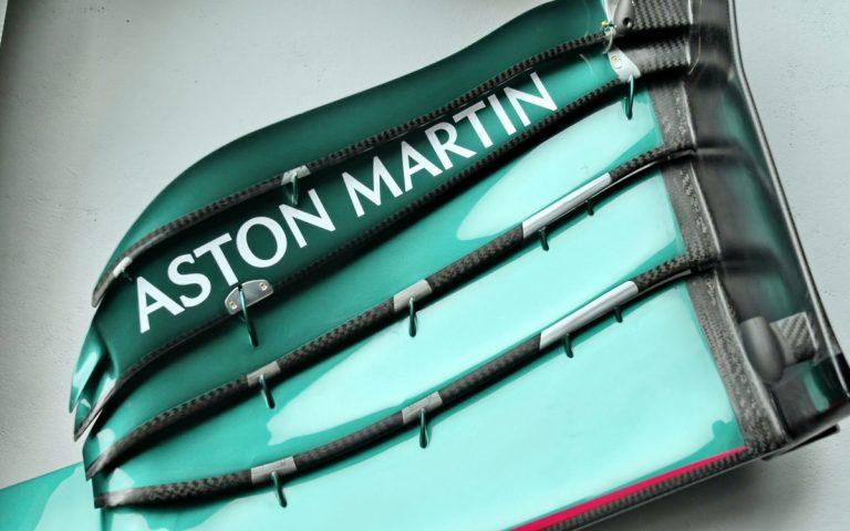 Aston Martin AMR21, predné krídlo