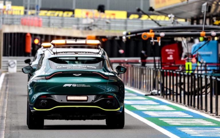 Lekárske vozidlo Aston Martin