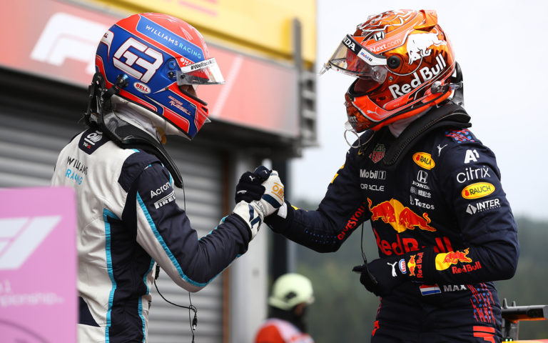 George Russell a Max Verstappen