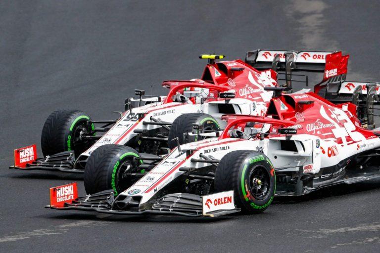 Kimi Räikkönen a Antonio Giovinazzi