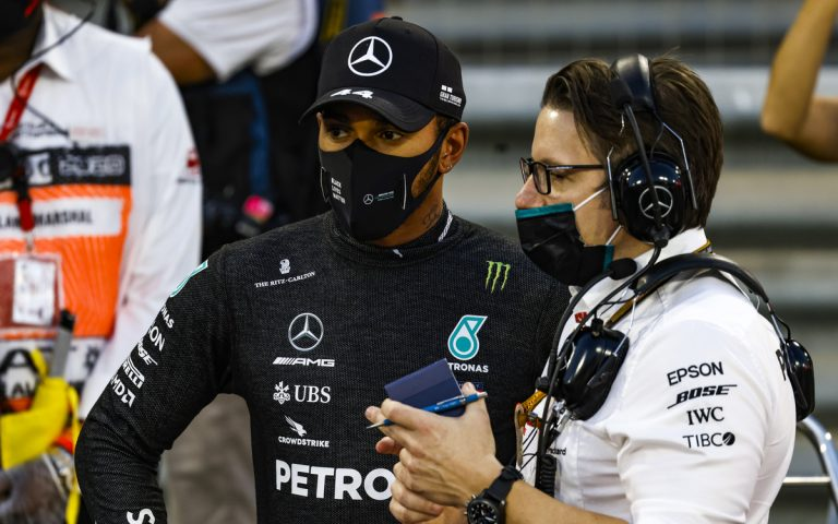 Lewis Hamilton a Pete Bonnington