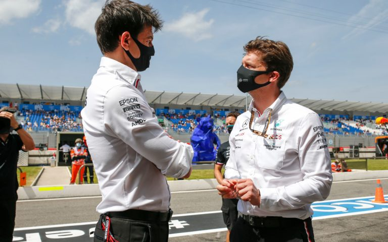 Toto Wolff a James Vowles