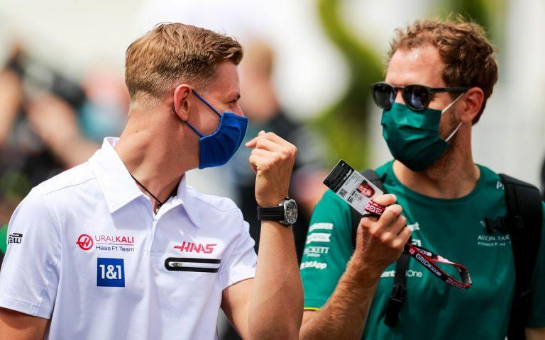 Mick Schumacher a Sebastian Vettel