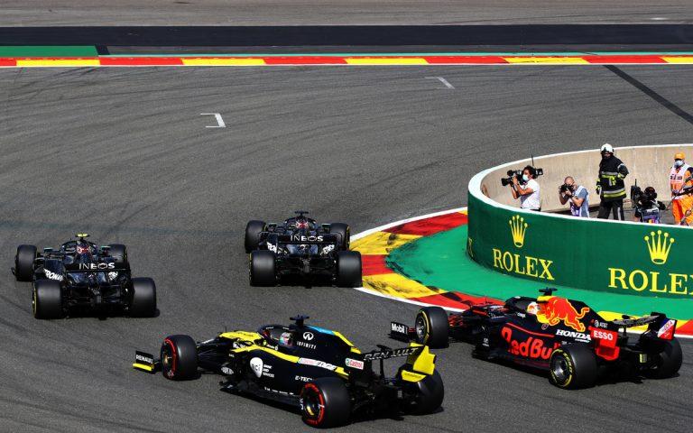 Po štarte VC Belgicka 2020 – Hamilton, Bottas, Verstappen, Ricciardo