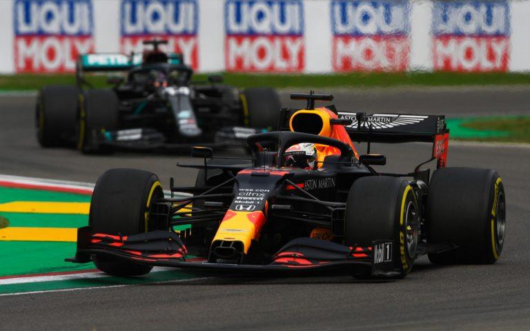 Max Verstappen pred Hamiltonom