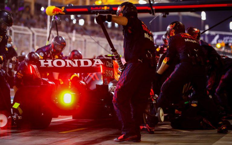 Sergio Pérez v boxoch, Honda
