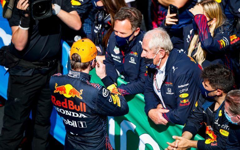 Max Verstappen, Christian Horner a Helmut Marko