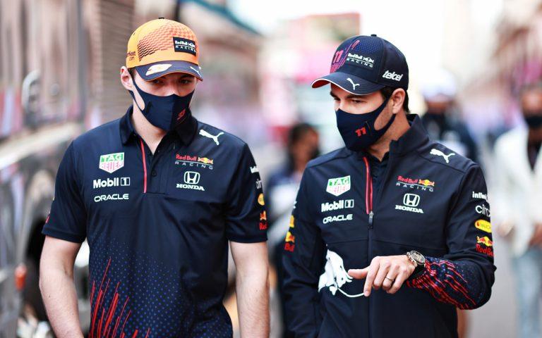 Sergio Pérez a Max Verstappen