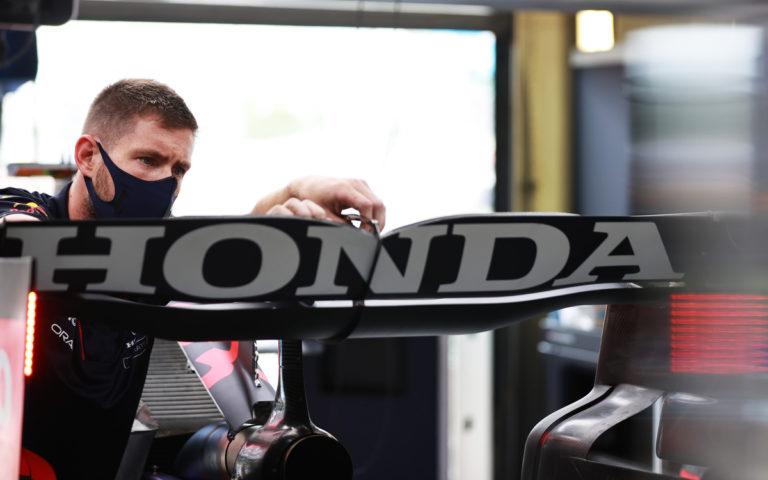 Zadné krídlo Red Bullu, Honda, ilustračné