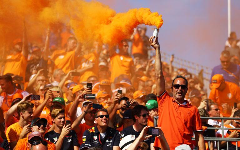 Fanúšikovia Maxa Verstappena na VC Holandska 2021