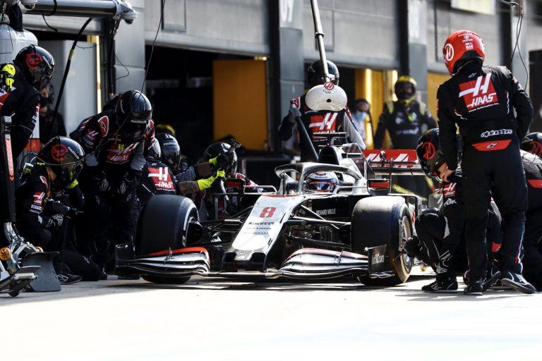 Romain Grosjean v boxoch